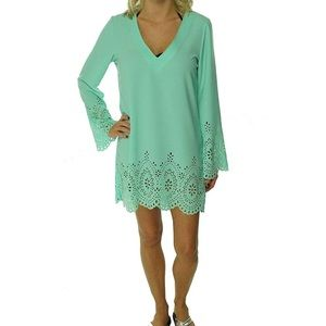 NWOT Kenneth Cole Reaction Laser-Cut Tunic CoverUp